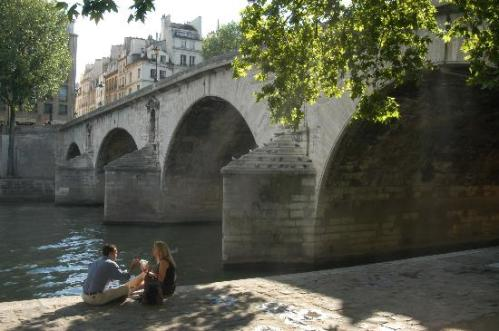 Paris ist romantisch...aber nicht in allen Pariser Hotels!