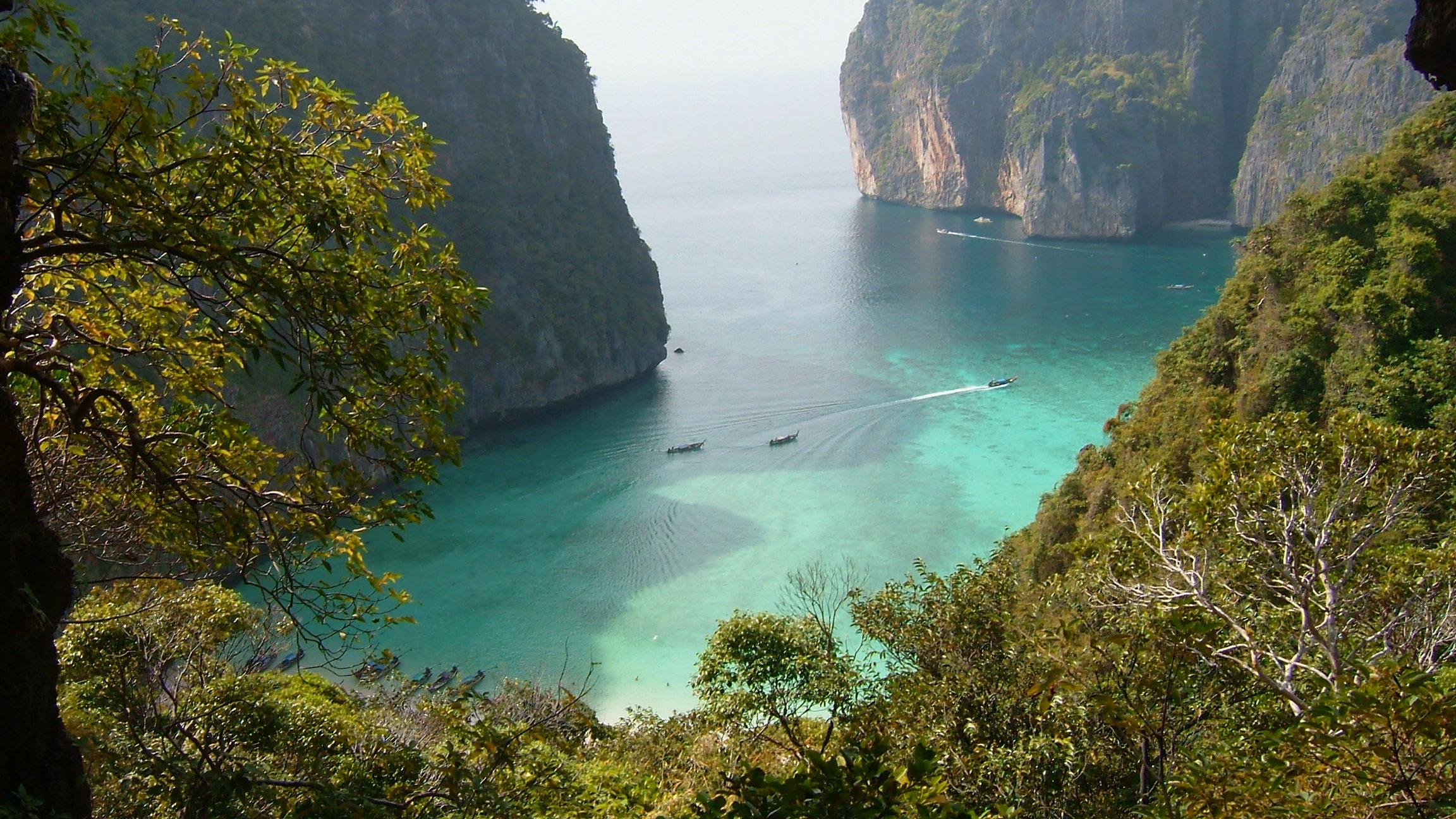 The Beach Leonardo Dicaprio Name Of Island