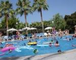 Anständiger Urlaub - Etikette am Pool ©TripAdvisor